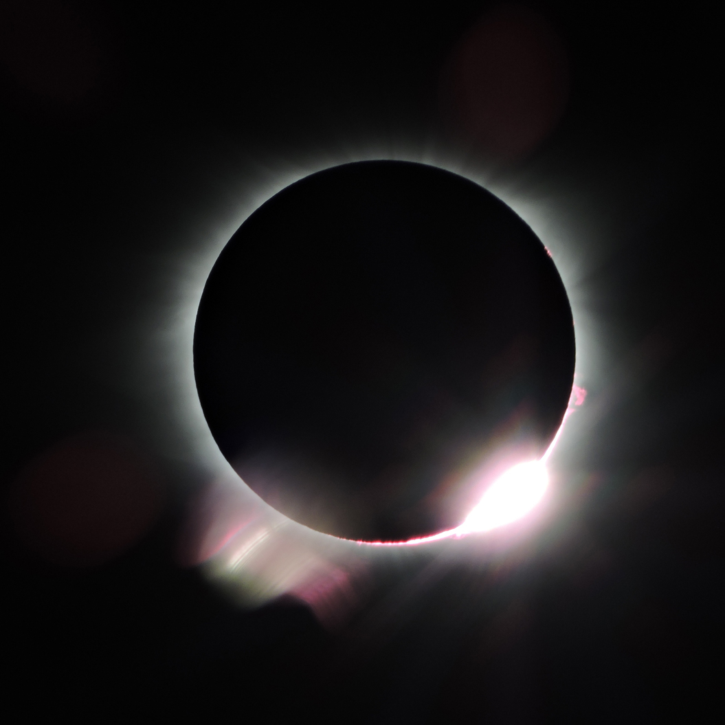 solar eclipse just after totality